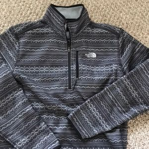 Men's Northface winter sweater